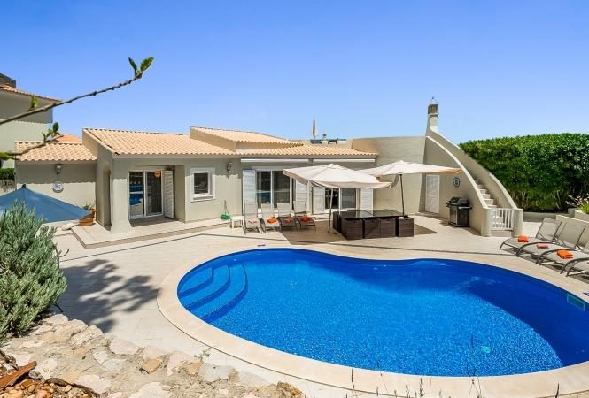 4 Bedroom Villa - Swakeleys - Valverde