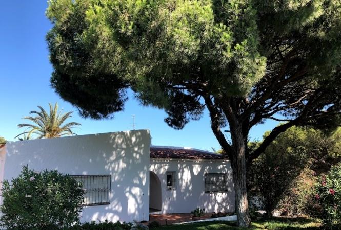 4 Bedroom villa -Fonte Santa - Quarteira